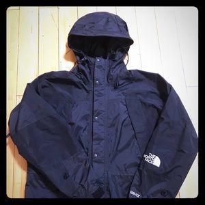 North Face gore tex black mountain light jacket XL